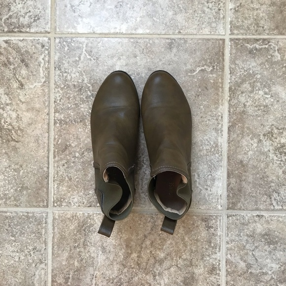 Chase + Chloe Shoes - Chase and Chloe brown and olive green booties